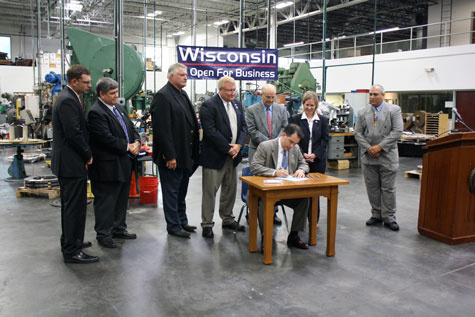 Governor Comes To Pleasant Prairie To Sign Tif Bill Into Law Kenowi