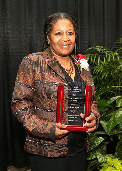 Jo Wynn, receiving her Humanitarian Award